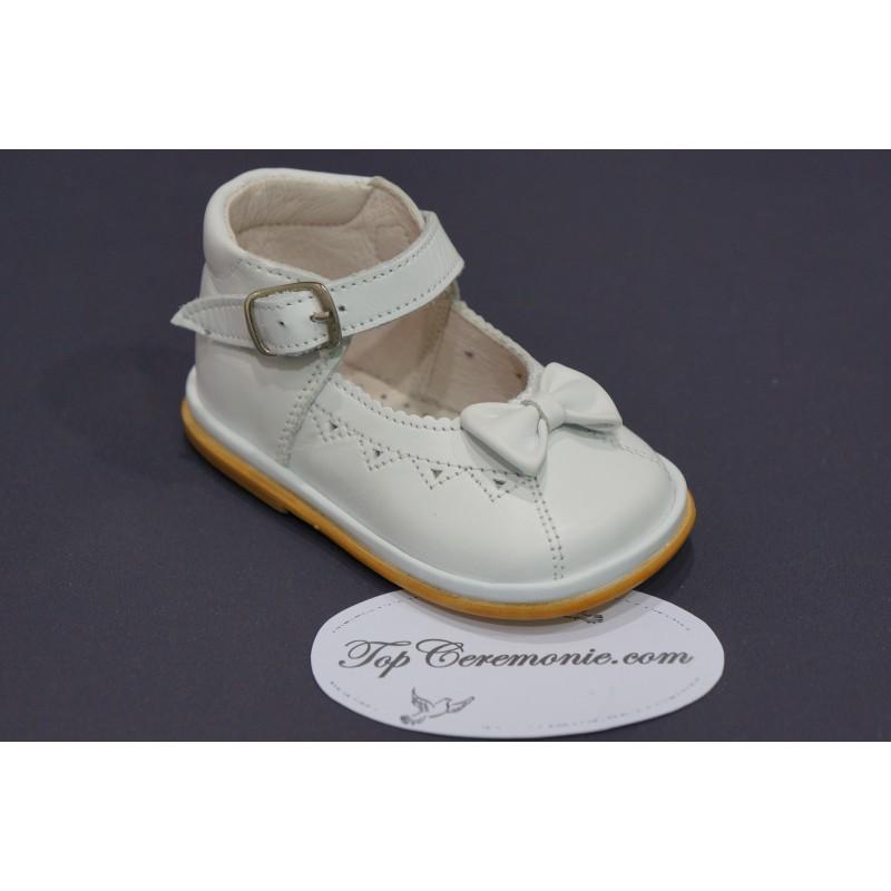 4e6b400d14981 Chaussures cérémonie bébé fille cuir blanc ou beige du 17 au 21.