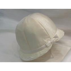 Chapeau cérémonie forme cloche dentelle