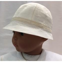 Chapeau cérémonie forme cloche en organza