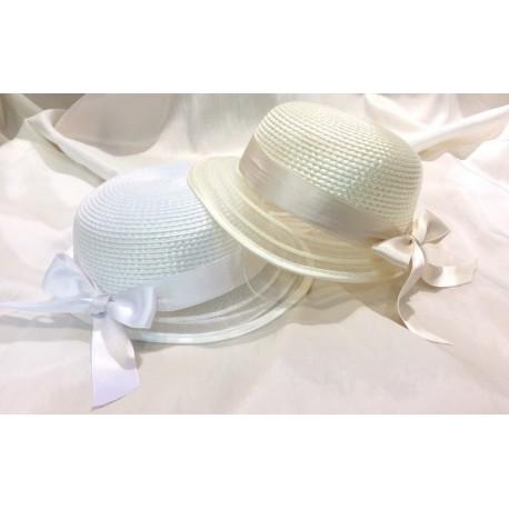 65bb213fdec Chapeau de cérémonie pour fille avec rebord en tulle blanc ou ivoire
