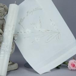 Ensemble bougie et linge blanc de baptême C1 colombe