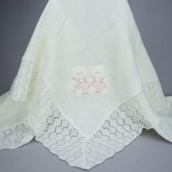 Couverture de baptême ou châle bébé blanc avec motifs nounours roses